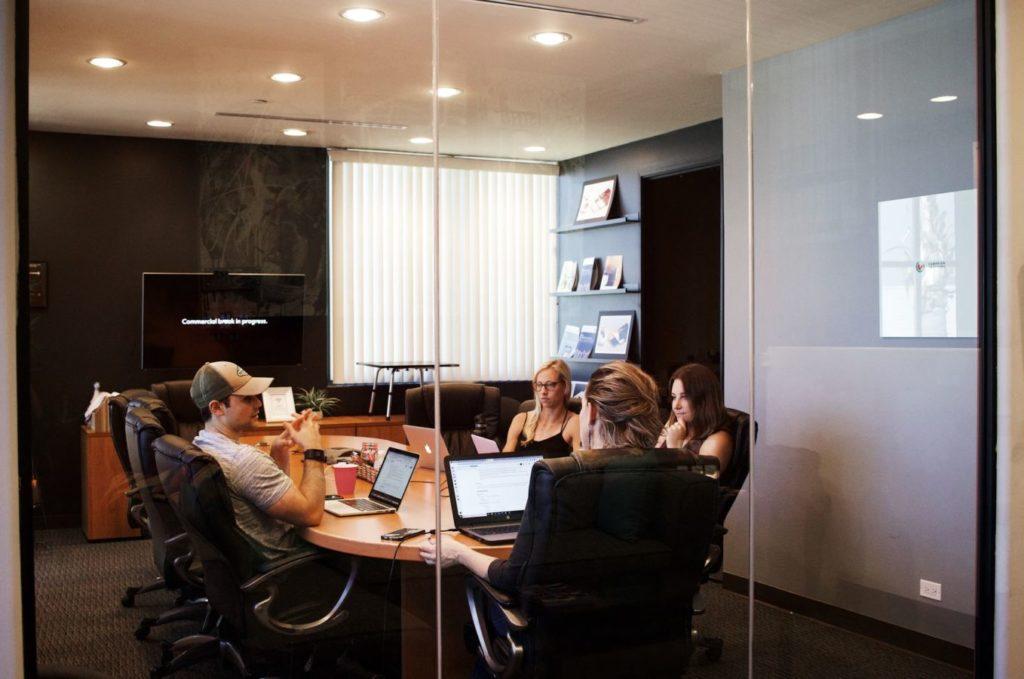 agile project management team doing retrospectives